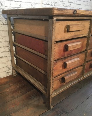 Lovely Vintage Industrial Chest Of Drawers, 1950s 2