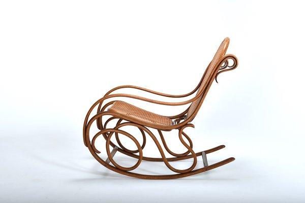Antique No 6 Rocking Chair By Michael Thonet For Thonet