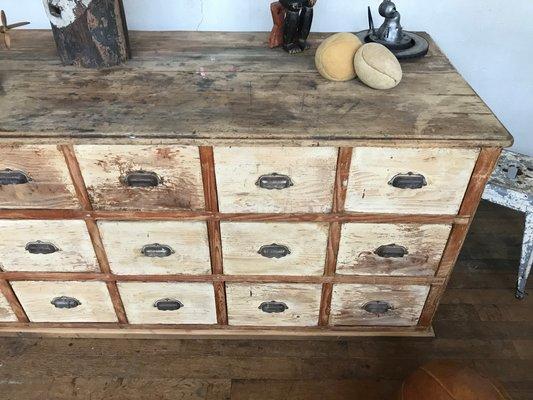 Antike Kommode mit Schubladen bei Pamono kaufen