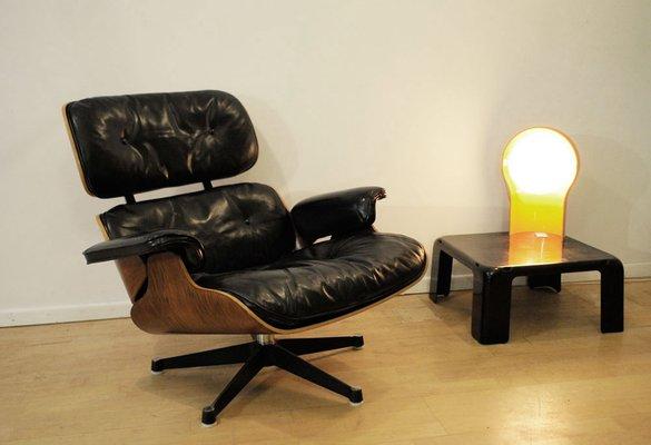 Poltrona Di Eames.Poltrona Di Ray Charles Eames Per Herman Miller