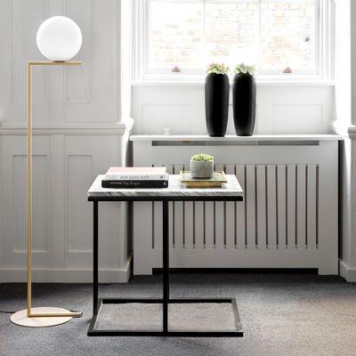 Table D Appoint Casa.Table D Appoint Cantilever Bacco En Marbre Et Acier Enduit Par Casa Botelho