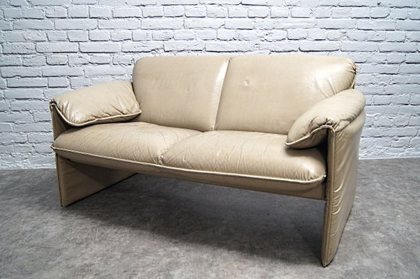 Fantastic Bella Bora Beige Leather Sofa By Axel Enthoven For Leolux 1980S Squirreltailoven Fun Painted Chair Ideas Images Squirreltailovenorg
