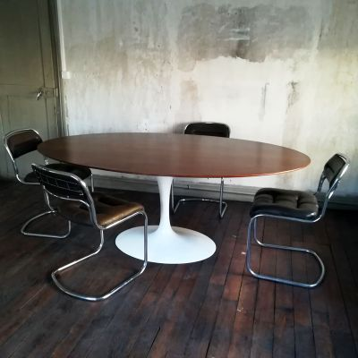 Vintage Dining Table By Eero Saarinen For Knoll Inc 2