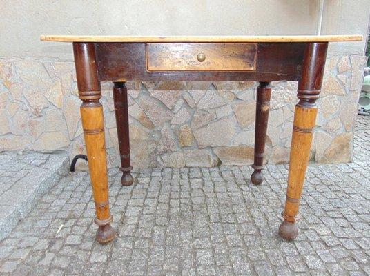Tavolo Vintage Industriale In Legno Anni 40 In Vendita Su Pamono