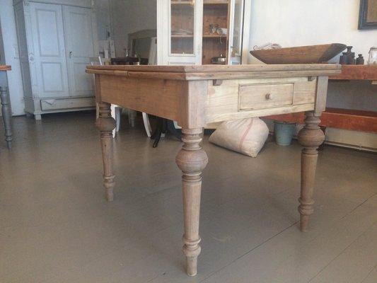 Ausziehbarer Antiker Esstisch Aus Holz Bei Pamono Kaufen