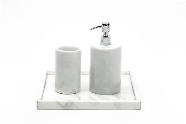 Bathroom Set In White Carrara Marble