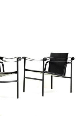 Chaises LC1 Edition Noire Vintage Par Le Corbusier Pour Cassina Set De 2 1