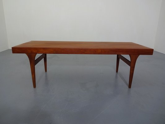 Extendable Teak Coffee Table By Johannes Andersen For Silkeborg