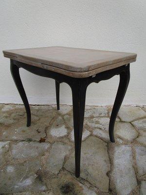 Tavolo da pranzo piccolo allungabile, fine XIX secolo