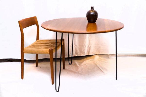 b6c56d9feea0d Round Teak Dining Table with Steel Legs