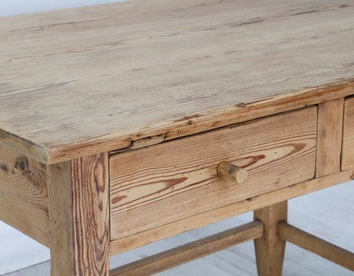 Tavolo antico rustico in legno in vendita su Pamono