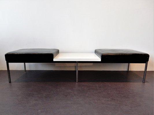 Banc En Cuir Noir Avec Table En Laminé Blanc De Thonet 1960s En