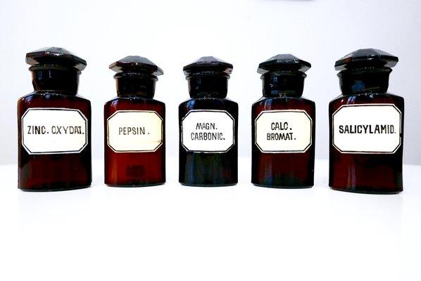 Bottiglie vintage da farmacia in vetro anni set di in