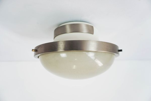 Lampada da tavolo mid century di sergio mazza per artemide in
