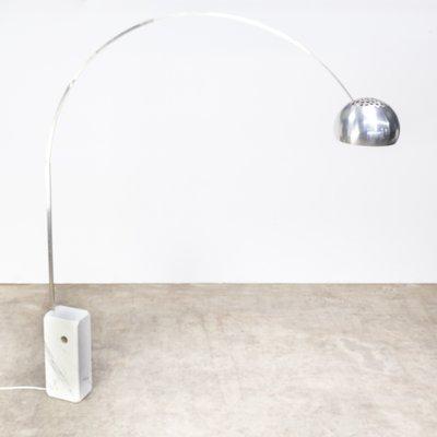 Lampada Arco Castiglioni Prezzo.Lampada Da Terra Ad Arco Di Achille Castiglioni Per Flos Anni 60