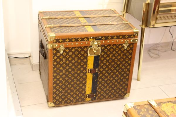 d2522e45ca3d Vintage Monogram Steamer Trunk from Louis Vuitton
