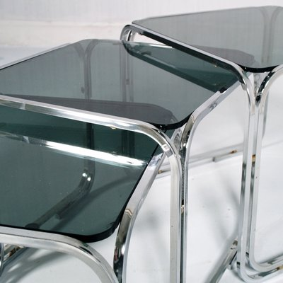 Tavolini a incastro in acciaio tubolare e vetro di Marcel Breuer, anni \'50d