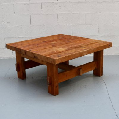 Wooden Coffee Table.Vintage Wooden Coffee Table