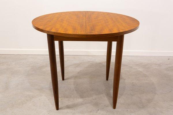 Tavolo da pranzo rotondo allungabile, anni \'60 in vendita su Pamono