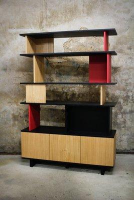 Doppelseitig gebeiztes lackiertes Bücherregal aus massiver Eiche von ...