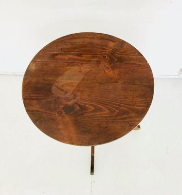 Tavolo rotondo antico in legno, inizio XX secolo in vendita su Pamono