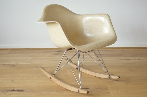 Fantastic Fiberglass Rar Rocking Chair By Charles Ray Eames For Herman Miller 1960S Gmtry Best Dining Table And Chair Ideas Images Gmtryco