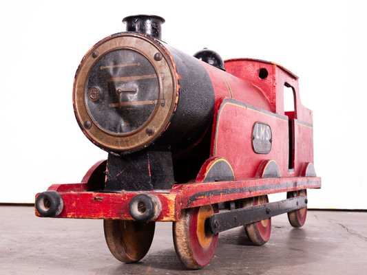 Shop Window Display Steam Train Locomotive & Rolling Stock from Lines  Brothers, 1920s