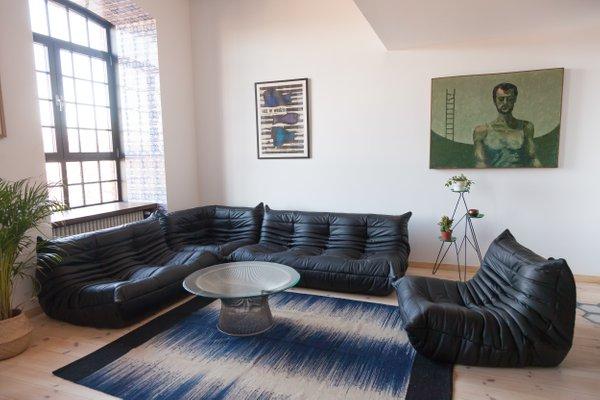 Vintage Togo Black Leather Living Room, Black Living Room Set