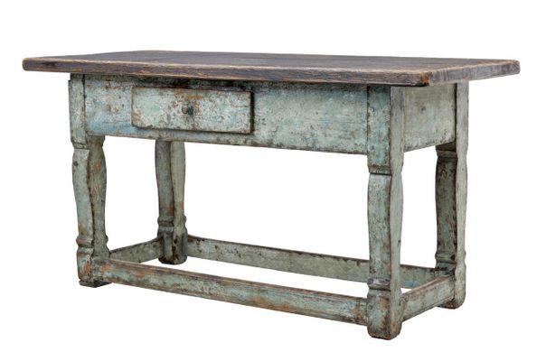 Tavolo da cucina in pino verniciato, Svezia, XIX secolo
