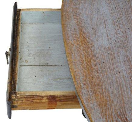 Mesa de cocina sueca rústica pequeña del siglo XIX