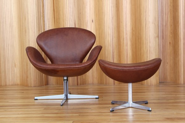 acquista lusso fashion style sconto speciale di Leather Swan Chair & Ottoman by Arne Jacobsen for Fritz Hansen, 1969