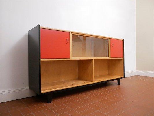 Zweifarbiges Bucherregal Aus Holz Von Wk Mobel 1950er Bei Pamono Kaufen