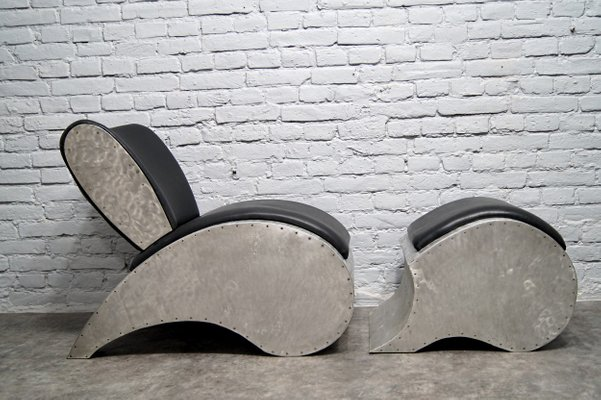 Strange Industrial Aluminum Vinyl Lounge Chair With Footrest 1970S Alphanode Cool Chair Designs And Ideas Alphanodeonline