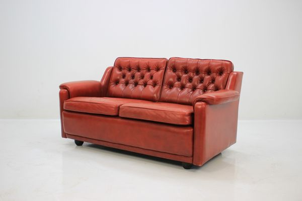 Red Leather Sofas 2 X Seater Harvey S Dark Red Leather Sofas Thesofa