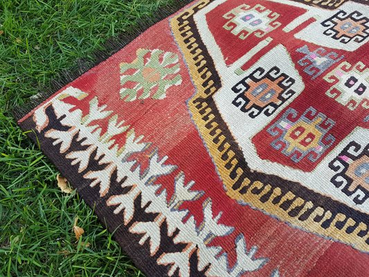 Clic Handwoven Turkish Kilim Rug For