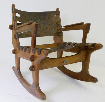 Schaukelstuhl Aus Holz Von Angel I Pazmino Fur Meubles De Estilo