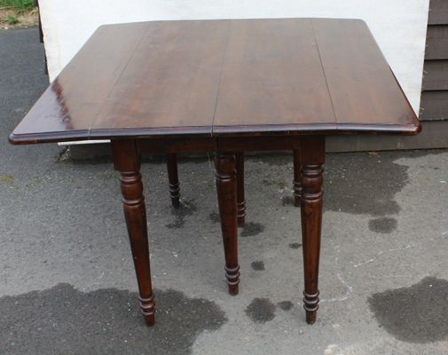 a6362993b250 Mid-Century Mahogany Drop-Leaf Table for sale at Pamono