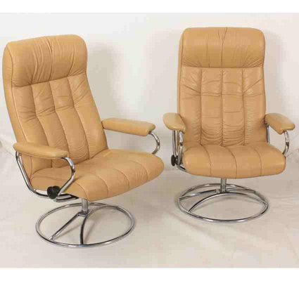 Peachy Vintage Leather Reclining Armchairs Set Of 2 Bralicious Painted Fabric Chair Ideas Braliciousco
