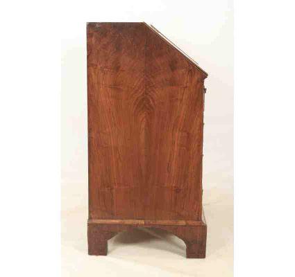 Scrittoio in legno di noce, XVIII secolo in vendita su Pamono