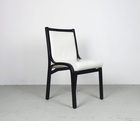 Poltrona Frau Cavour.Black And White Cavour Chairs By Vittorio Gregotti For Poltrona Frau 1980s Set Of 4