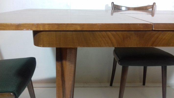 Tavolo allungabile con quattro sedie di Jindřich Halabala, anni \'30
