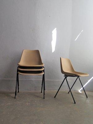 Sedie Impilabili In Plastica.Sedie Impilabili In Metallo Nero E Plastica Anni 70 Set Di 4 In