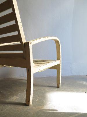 Sedia da giardino in legno bianco, anni \'30 in vendita su Pamono