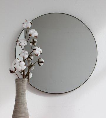 Großer Runder Versilberter Orbis Spiegel Mit Bronzerahmen Von Alguacil Perkoff Ltd