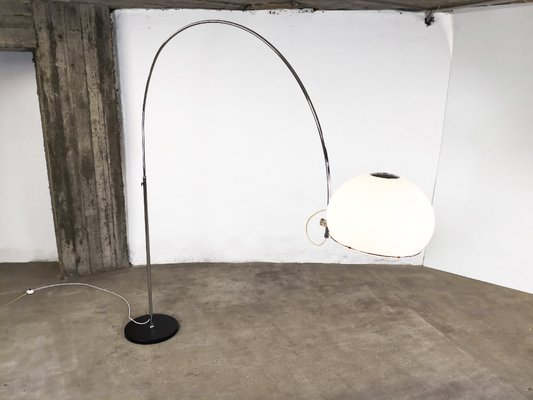 Mid Century Arc Floor Lamp From Gepo 1960s Bei Pamono Kaufen