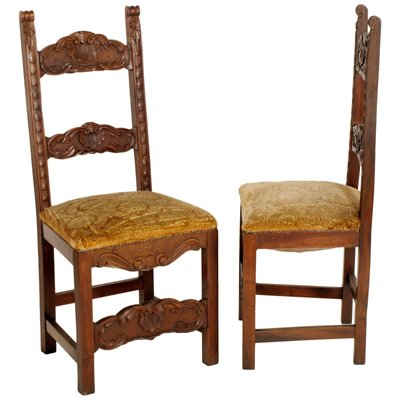Antique Renaissance Style Carved Walnut Chairs Set Of 6 For Sale