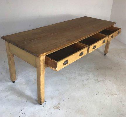 Tavolo da cucina industriale vintage in legno di pino, anni \'30 in ...