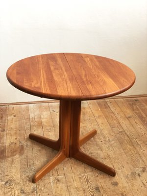 Small Mid Century Danish Teak Dining Table 1960s For Sale At Pamono