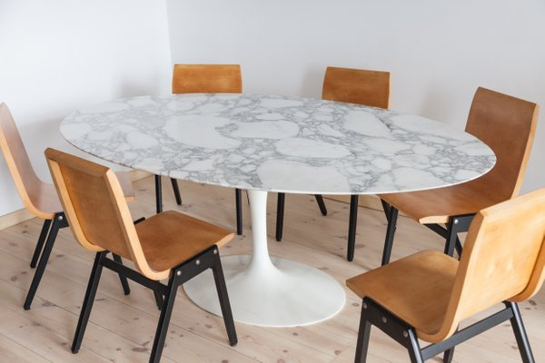 Vintage Oval Dining Room Table By Eero, Oval Dining Room Set