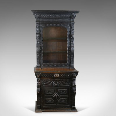 Delicieux Tall Antique English Oak Display Cabinet, 1870s